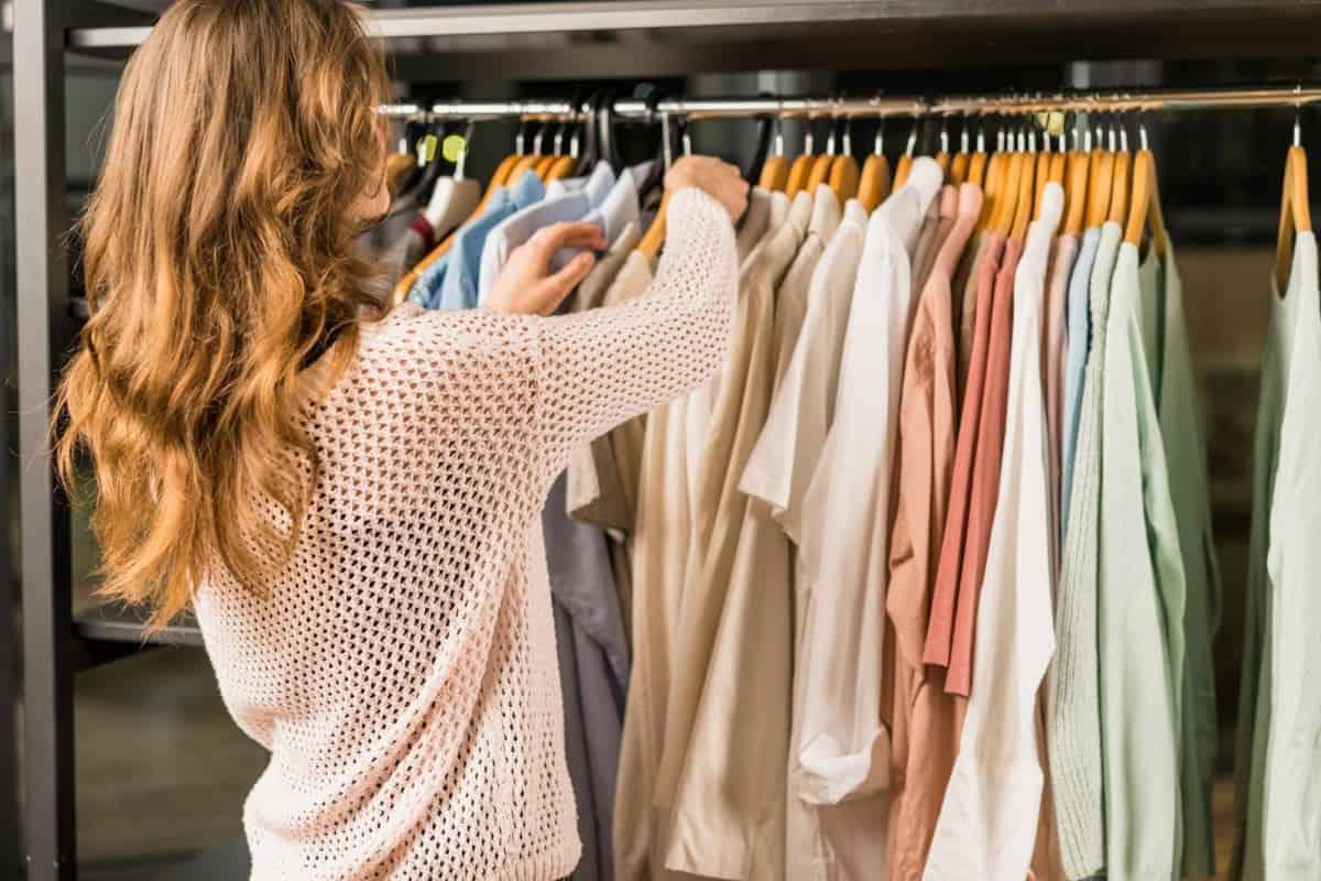 Escolhendo roupa