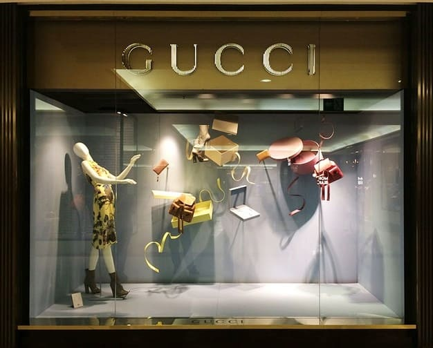 Vitrine Gucci